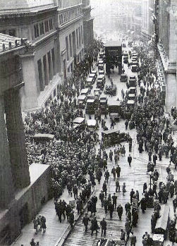 Crowd_outside_nyse